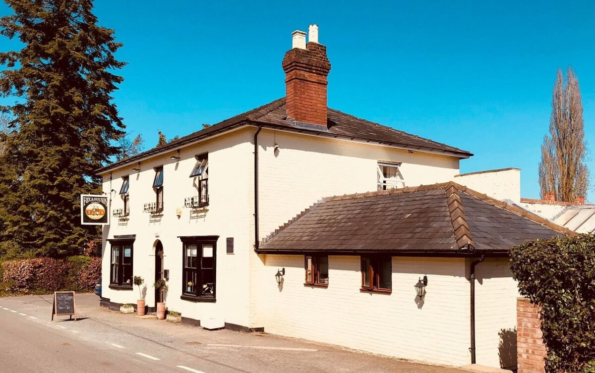 Fox and Hounds 1