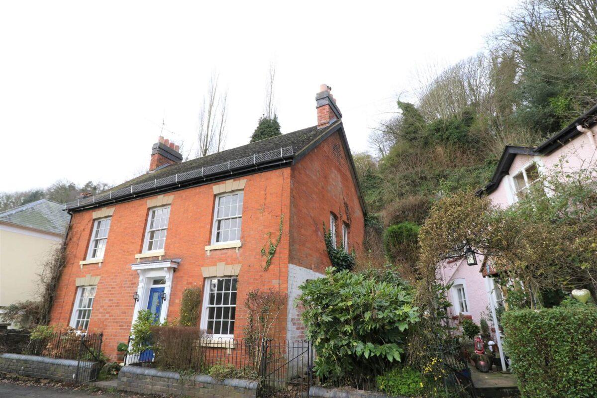 Grove Cottage 1