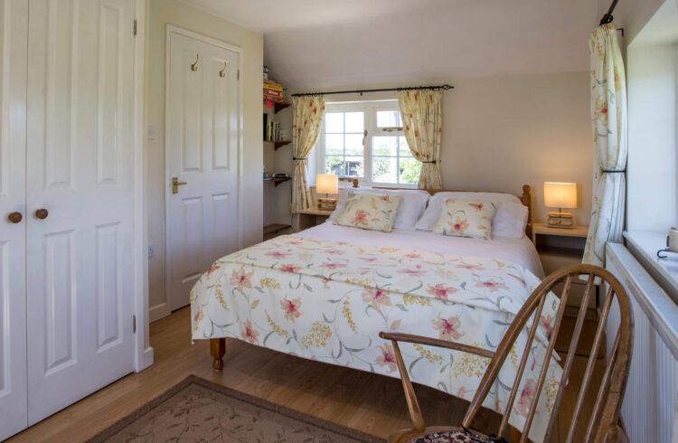 Hillside Cottage 4