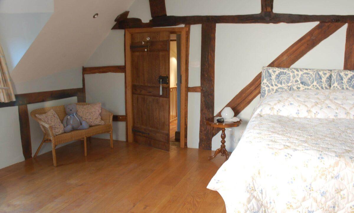 Huntlands Farm 1 The Rafters Room
