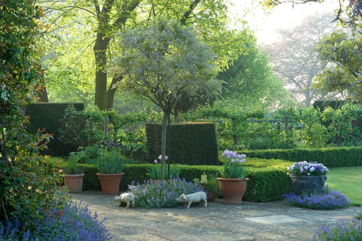 Little Malvern Court Gardens 2