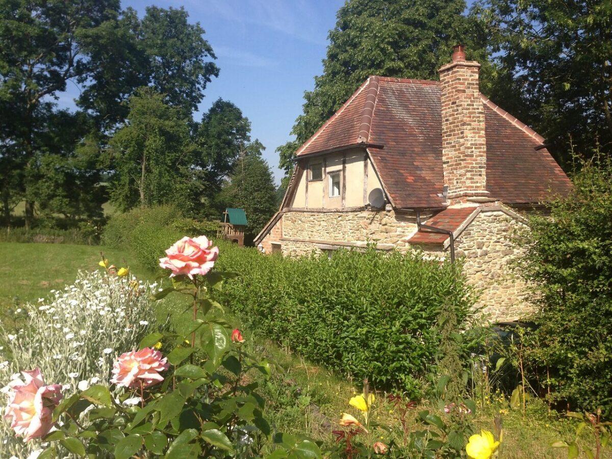Old Castle Cottages 1