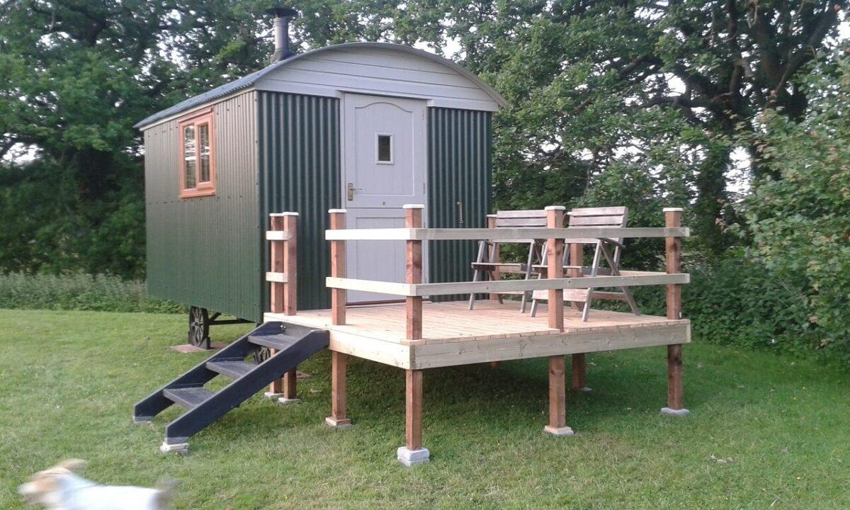 Shepherds Hut at Broad Oak 2