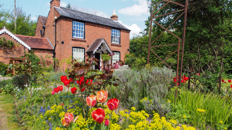 The Firs COTTAGE GARDEN 1