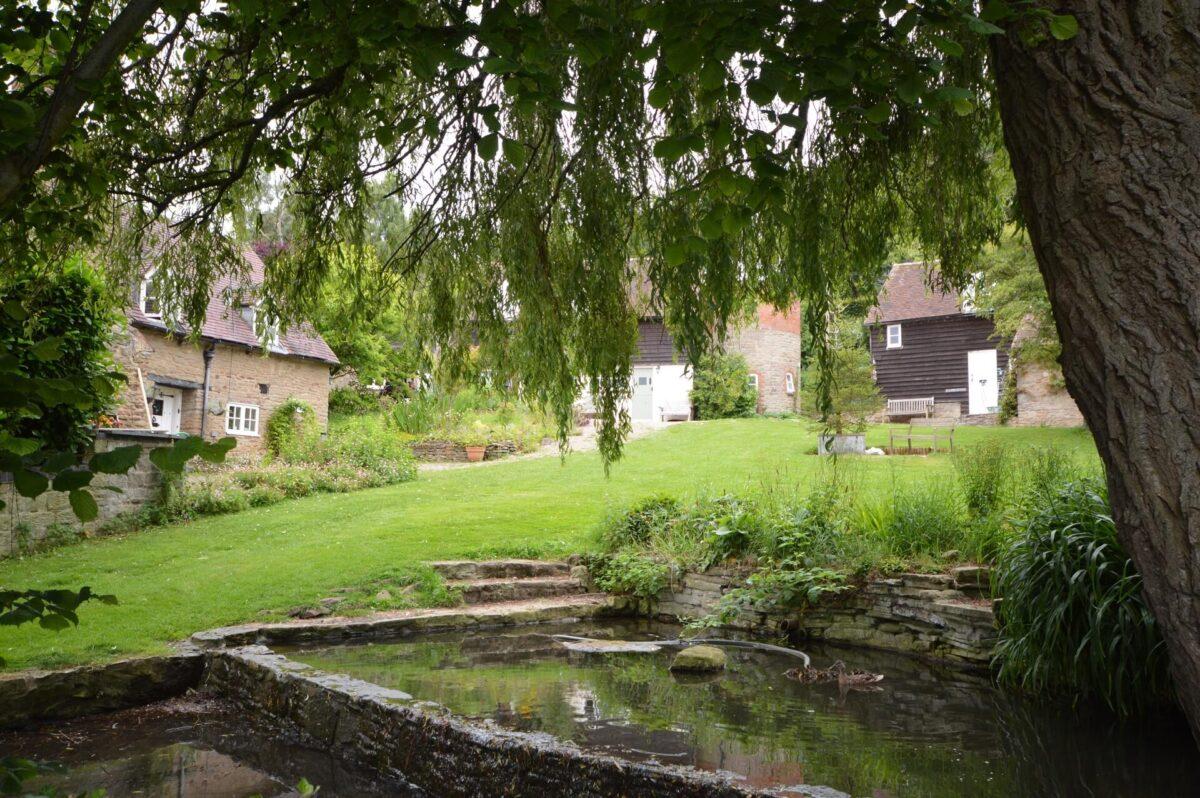 Whitewells Farm Cottages 4
