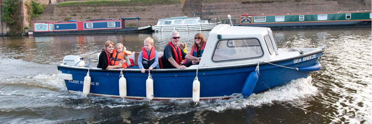 boat hire river severn
